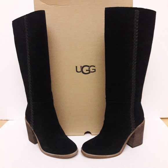 4464b714aab New Womens UGG Boots Size 9 NWT